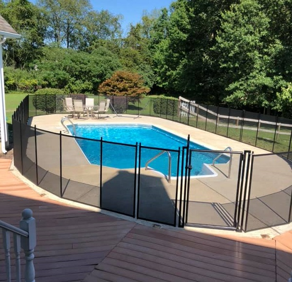 black mesh pool fence with self-closing pool safety gate