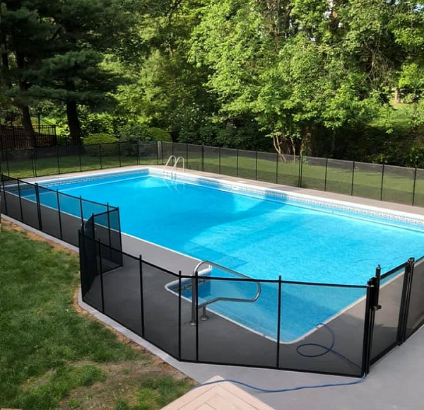 Life Saver removable mesh pool fence installed in Southern, Vermont
